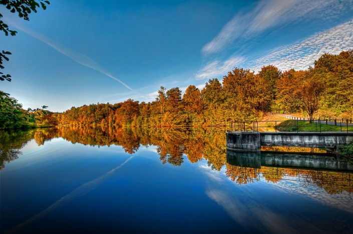 Autumn Reflections (HDR)