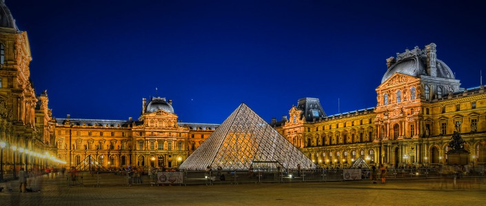 Louvre at Night (HDR)